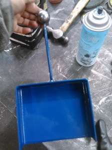 metal-dustpan2